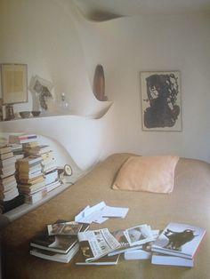 ceramicist valentine schlegel's bedroom, World of Interiors