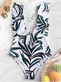 Shop trendy fashion swimwear online, you can get sexy bikinis, swimsuits & bathing suits for women on ZAFUL. Bikini Sets, Bikini Push Up, Bikini Bandeau, Monokini Swimsuits, Bikini Swimsuit, Bikini Babes, Mini Vestidos, Vestidos Plus Size, Bodycon