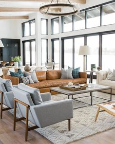 What lamp for my living room? Modern Living Room, Rugs In Living Room, Interior Design, Couches Living Room, Home, Trendy Living Rooms, Farmhouse Living, Farm House Living Room, Home Decor