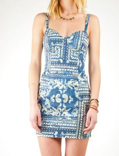 LOVE LOVE LOVE! Insight Bandana Dress