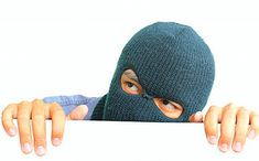 6 Ways People Make It Too Easy for Burglars to Do Their Jobs