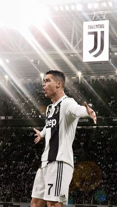 Looking for New 2019 Juventus Wallpapers of Cristiano Ronaldo? So, Here is Cristiano Ronaldo Juventus Wallpapers and Images Cristiano Ronaldo Cr7, Cr7 Messi, Cristiano Ronaldo Wallpapers, Cristino Ronaldo, Ronaldo Football, Neymar, Cr7 Wallpapers, Juventus Wallpapers, Cr7 Juventus