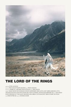 Image of The Lord of the Rings Minimalist Poster - Movies and Series Iconic Movie Posters, Minimal Movie Posters, Minimal Poster, Cinema Posters, Movie Poster Art, Iconic Movies, Movie Prints, Poster Prints, Poster Wall