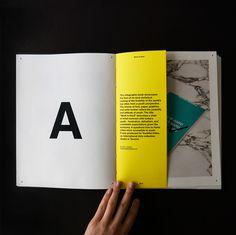 Design layout portfolio book binding 52 Ideas for 2019 Portfolio Layout, Online Portfolio Design, Printed Portfolio, Creative Portfolio, Personal Portfolio, Fashion Portfolio, Layout Design, Graphisches Design, Buch Design