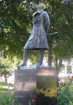 """Henrik Wergeland"" (Gustav Vigeland, 1869 - (""I dare you to shit on my face! Kristiansand, I Dare You, Challenge Accepted, Dares, Garden Sculpture, Challenges, Outdoor Decor, Home Decor, Sculptures"