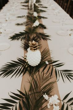 Tropical Grand Tradition Estate Wedding - Fallbrook, CA. Kailey + Chad are that couple that makes me want to pinch myself and ask if my job is real life! I honestly could not have had more fun at their wedding at Grand Tradition Estate. Tropical Wedding Centerpieces, Tropical Wedding Decor, Rustic Wedding Decorations, Tropical Decor, Tropical Weddings, Tropical Interior, Tropical Colors, Flower Centerpieces, Flower Arrangements