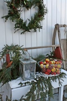 VIBEKE DESIGN: Natural decorations evergreen heart wreath fruit holiday