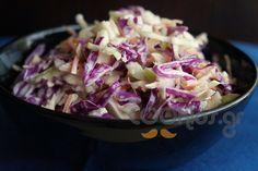 Λάχανο σαλάτα με μήλο και μαγιονέζα - Συνταγή εύκολες - Σχετικά με Σαλάτες, Σαλάτες ωμές - Ποσότητα 2-4 άτομα - Χρόνος ετοιμασίας λιγότερο από 30 λεπτά Salad Bar, Salad Dressing, Gravy, Salad Recipes, Buffet, Cabbage, Sweet Home, Food And Drink, Vegetables