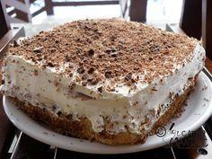Reteta de prajitura de cocos cu crema de vanilie Romanian Food, Just Desserts, Coco, My Recipes, Tiramisu, Sweet Treats, Ethnic Recipes, Blog, Sweets