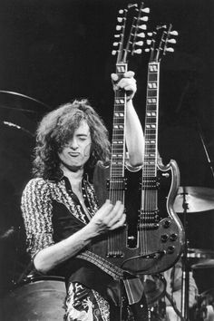 Jimmy Page on stage at Madison Square Garden, 1975