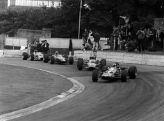 Pic of the day, no. 214/365: @emmofittipaldi, Lotus 59, leads C Lucas/H Ganley/R Pike, Crystal Palace F3, 1969. ©LAT