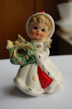 Vintage Napco Christmas Girl with Wreath