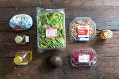 Koken met aanbiedingen: frambozensalade met walnoten en avocado0001