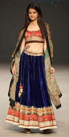 Get designed this Simple lehenga velvet blue for our sangeet. Indian Fashion Trends, Ethnic Fashion, Asian Fashion, India Fashion, Womens Fashion, Saris, Indian Attire, Indian Wear, Indian Dresses