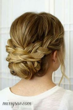 Wear your hair in a brilliant braided updo for your next big event. Choose a braided updo hairstyle from our list to make your style special. Bride Hairstyles, Pretty Hairstyles, Bridesmaid Hairstyles, Natural Hairstyles, Hairstyles Pictures, Homecoming Hairstyles, Hairstyles 2018, Medium Hairstyles, Hairdos