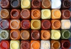 How To Make Sauces at Home by Homemade Recipes at http://homemaderecipes.com/cooking-101/how-to-be-a-master-chef-in-10-days-super-sauces