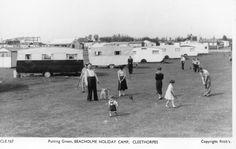 Cleethorpes Beacholme Holiday Camp 1950s 1 Large.jpg 1,024×647 pixels