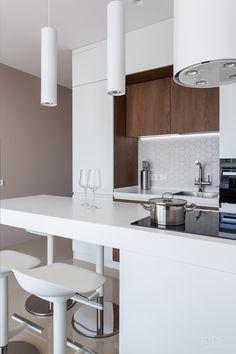 SMART.Zarichniy 28 REALISATION on Behance Kitchen Room Design, Interior Design Living Room, Kitchen Decor, Small Appartment, Interior Design Photography, Small Apartment Design, Sr1, Flat Ideas, Small Room Bedroom