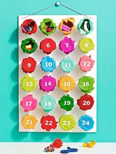 Punchy advent calendar for a Christmas countdown #advent #christmas #ParentsCrafts