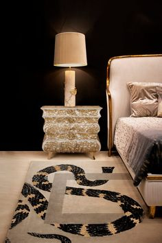 Bedrooms are our sanctuary, they are our escape from the busy stressful life. The bedroom is where our day starts and where it ends, so it is necessary to draw an imaginary line at the base of the bedroom door, separating it from diversions such as work, chores, devices, worries.
