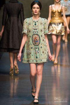 Dolce   Gabbana Fall 2013 Ready-to-Wear Fashion Show Collection Runway  Fashion 7366418c647