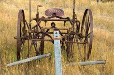 Grant-Kohrs Ranch Preserves Montana Past - Farm Life - Farm Collector Vintage Tractors, Vintage Farm, Antique Tools, Antique Cars, Tractor Decor, Farm Images, Tractor Implements, Combine Harvester, Farm Tools