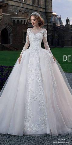 Royal Train Muslim Wedding Dress Vintage Lace Long Sleeve Ball Gown Wedding Dress Jollianne