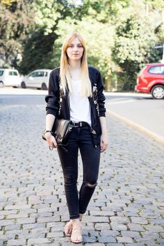 Outfit, floral embroidered bomber jacket zara, ripped jeans, lace up sandals, mango, look alike
