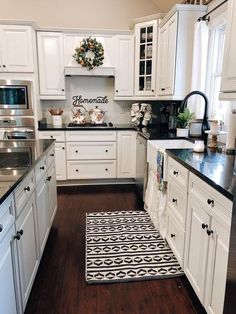 Kitchen style and kitchen ideas for several of the dream kitchen needs. Modern kitchen creativity at its finest style and kitchen ideas for several of the dream kitchen needs. Modern kitchen creativity at its finest. Farmhouse Kitchen Island, Modern Farmhouse Kitchens, White Kitchen Cabinets, Country Kitchen, Farmhouse Decor, Kitchen Counters, Kitchen Cabinetry, Rustic Kitchen, Kitchen Modern