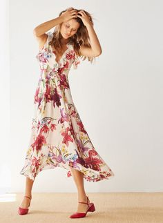 05402ce73016 Uterqüe United Kingdom Product Page - New in - View all - Long floral silk  dress