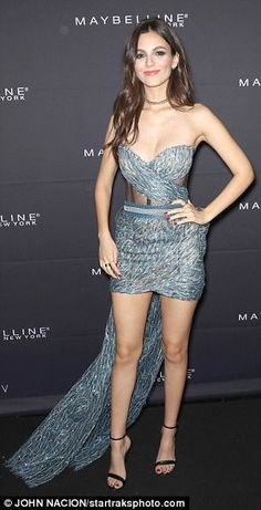 Victoria Justice – Maybelline New York x V Magazine Fashion Week Party in NYC Victoria Justice, Justice Dance, Girls In Mini Skirts, Celebrity Dresses, Sexy Dresses, Strapless Dress Formal, Hot Girls, Sexy Women, Beautiful Women