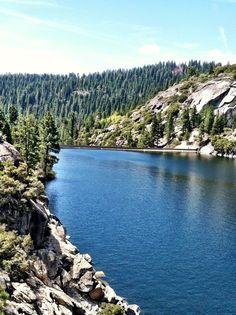 Hiking beautiful Pine Crest lake California