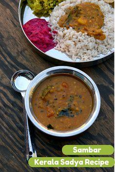 Varuthu Aracha Sambar - MIXED VEGETABLES AND LENTILS IN A SPICED TAMARIND SAUCE | KERALA SADYA RECIPES www.cookingcurries.com