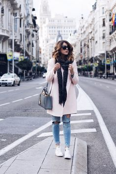 PERFECT TURIST OUTFIT IN MADRID - fashion blogger