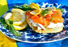 To create your perfect 'Laxmacka' ( Salmon Sarnie ) you'll need cured salmon (gravad lax), bread, cream cheese, sliced lemon, lots of dill and classic Gravlaxsås (Gravlax sauce). Yummy!