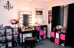 Awesome makeup room idea