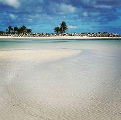 #granbahamas#windamfortunabeach#lucaya#miami#bahamas#travel#relax#cristal#ocean#playa#spiaggia#navidad#natale#hot#sky#palm#paradise#now#relaxtime#travelislife#travel#trip#usa#ilovetravel#iloveusa#iloverelax by enjoytravelfriend