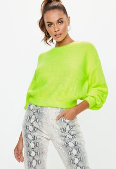 Say hello to the new season and shop knitwear at Missguided USA. Yellow Sweater Outfit, Sweater Outfits, Knit Fashion, Sweater Fashion, Fashion Outfits, Business Dresses, Jacket Dress, Knitwear, Sweaters For Women