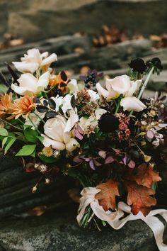 Moody Autumn Elopement - Autumn Bouquet / Foraged / Moody Bouquet - Photography by Wesley & Emma, Flowers by Old Frond Floral Co.