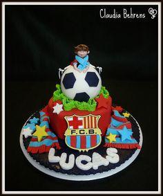 soccer cake lucas - claudia behrens, via Flickr.