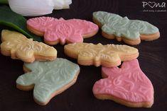 Vanilkové sušenky zdobené marcipánem Baby Shower, Sugar, Cookies, Baking, Desserts, Food, Babyshower, Crack Crackers, Tailgate Desserts