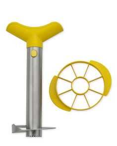 Pineapple Slicer and Dicer. I need one of these | Williams-Sonoma