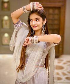 Anushka Sen Hot Photos And Images For Mobile - Goodmorningimagess Cute Little Girl Dresses, Cute Little Girls, Flower Girl Dresses, Teen Celebrities, Celebs, Indian Celebrities, Beast, Celebrity Fashion Looks, Stylish Girls Photos
