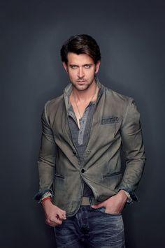 Dashing Bollywood Actor Hrithik Roshan