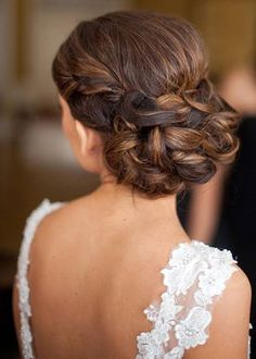 These Are the Hottest Bridal Hairstyles for Fall 2016