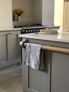Handcrafted bespoke high-end kitchens, furniture, carpentry and interiors. Large Kitchen Island, Kitchen Island With Seating, Kitchen Islands, Kitchen Dining Living, Family Kitchen, Farrow And Ball Kitchen, Purbeck Stone, Stone Kitchen, Georgian Homes