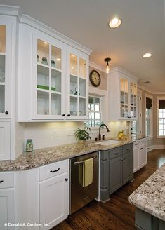 Two tone kitchen cabinets are trending right now. The kitchen is undeniably an important part in a house. Since we often spend our time in the kitchen, it is important to make it as comfortable and appealing as possible. Two Tone Kitchen Cabinets, Outdoor Kitchen Cabinets, Kitchen Cabinet Colors, Grey Cabinets, Painting Kitchen Cabinets, Kitchen Furniture, White Cabinets With Granite, Kitchen Cupboard, Kitchen Drawers