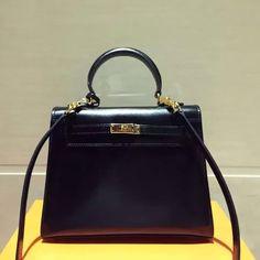 Celine Two-tone Micro/Mini Luggage Handbag in Smooth Calfskin White/Black Hermes Kelly 25, Hermes Handbags, Bag Sale, Celine, Leather Bag, Real Box, Mini, Loyalty, Black