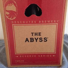 Wouldn't mind wakin' Christmas morning to find this under the tree! @DeschutesBeer Abyss http://www.bottle-spot.com/posts/102512/san-diego-california-stout-for-sale--deschutes-the-abyss-imperial-stout---100-points