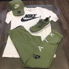 Very latest men's outfits Swag Outfits Men, Tomboy Outfits, Tomboy Fashion, Nike Fashion, Dope Outfits, Casual Outfits, Mens Fashion, Fashion Outfits, Nike Outfits For Men